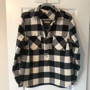J Crew Flannel Black and Cream pullover. Size M